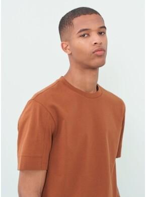 슬리브 소매 절개 포인트 반팔 티셔츠