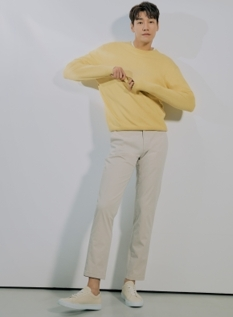 코튼 스판 슬림핏 360 치노 팬츠